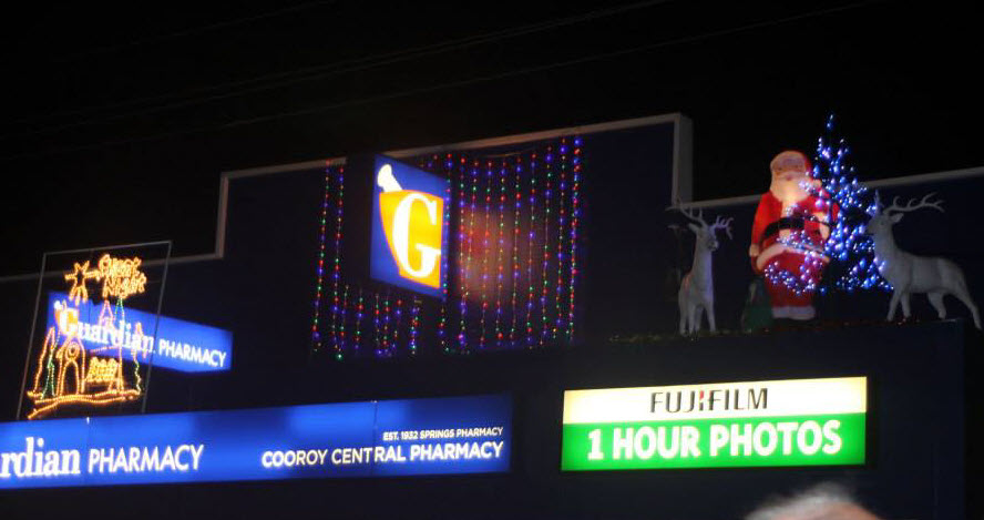 Christmas in Cooroy Shop Lights