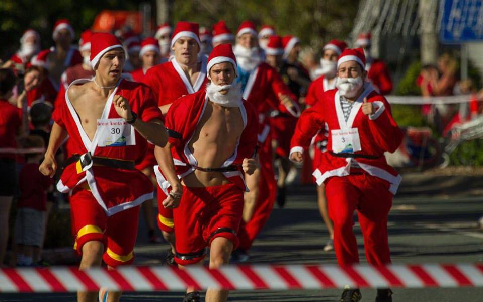 santa race christmas in cooroy
